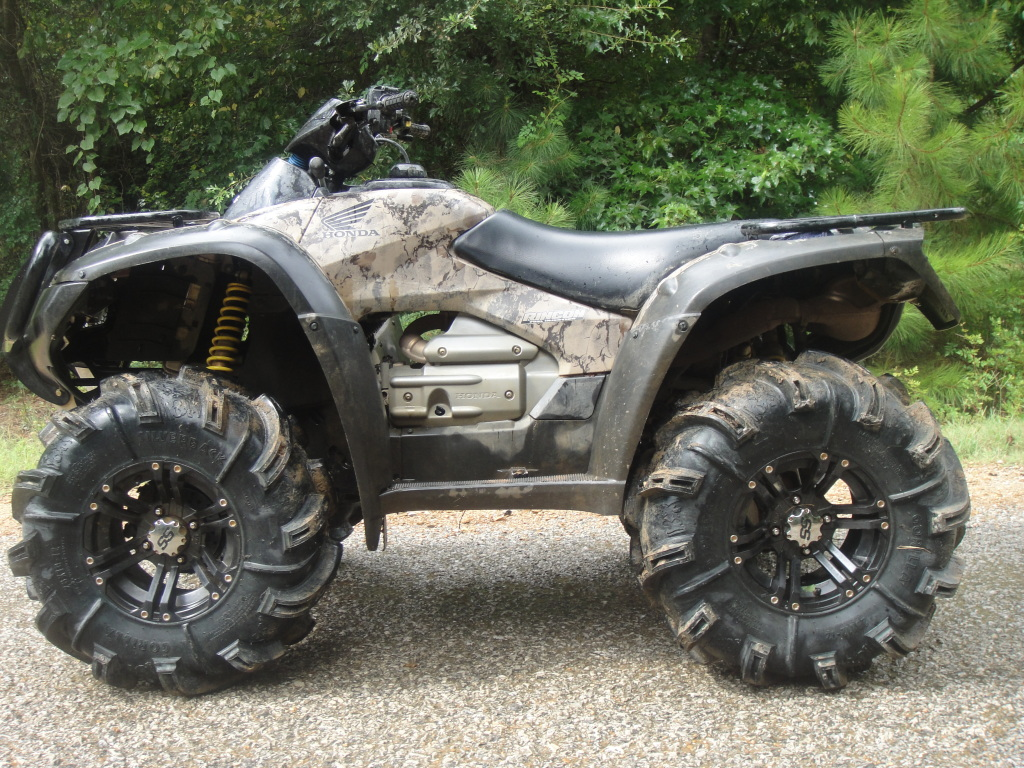 LIFTED Honda's with large tires (What fits/What rubs ...