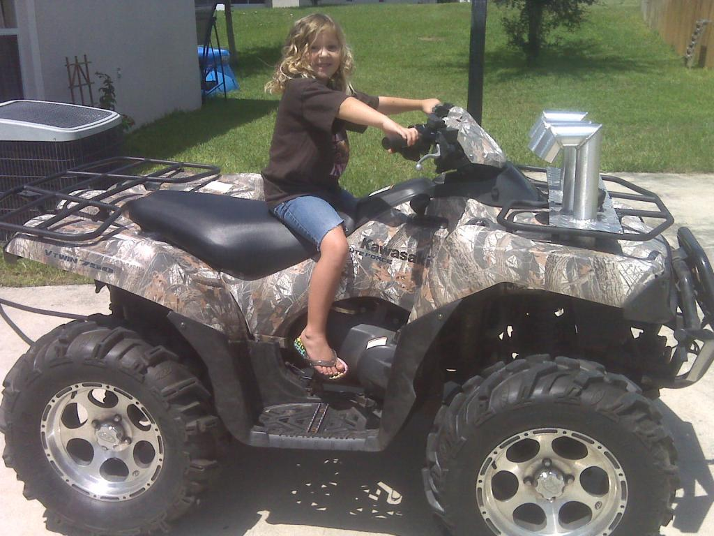Click image for larger version name jay jay on atv jpg views 4302