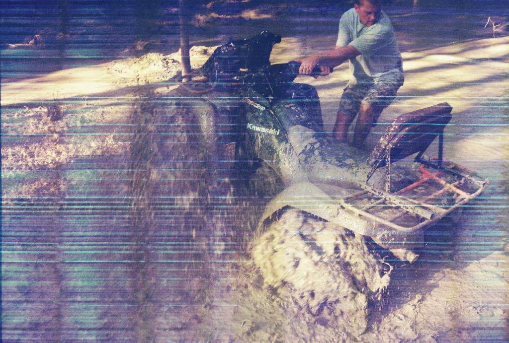 Mudd Maddness in Choudrant, La.-r1-6a.jpg